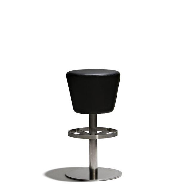 Cool - Barstol i fast höjd med snurrbar sits (90°) i svart konstläder. Underrede i borstat stål.