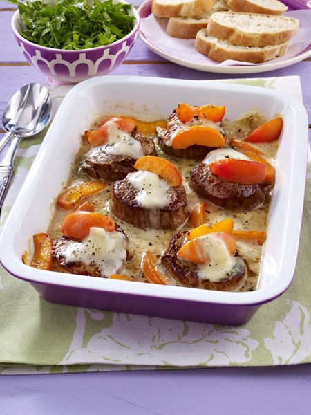 Feines Fleisch, süße Aprikosen und würziger Gorgonzola machen diesen Hauptgang perfekt!