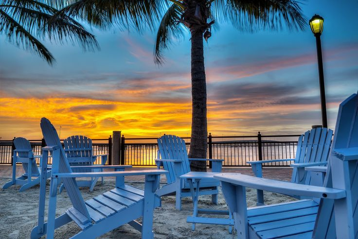 Charlotte Harbor sunset in Punta Gorda, Florida. www.stevehuskisson.com