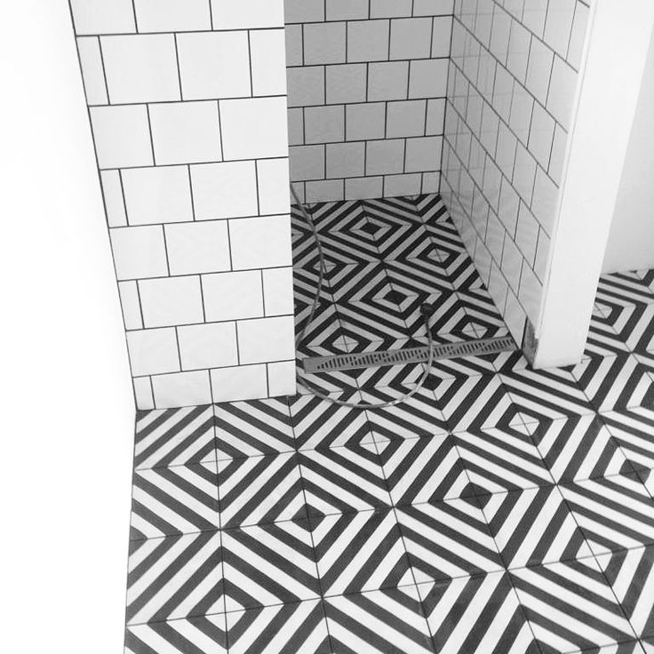 Image Result For Herringbone Tile Bathroom · Fischgräten FlieseFliesen  BadezimmerKreuzworträtselMilch
