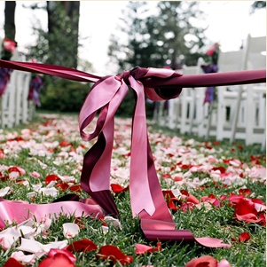 secure wedding aisle before the ceremony with ribbon