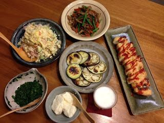毎日家飲み:7月20日(月)新牛蒡と豚肉の甘辛煮 おからのポテサラ風 みやびなすのステーキ 栃尾の油揚げ焼き(ケチャップ) 栃尾 毘沙門のおぼろ豆腐 モロヘイヤ  新牛蒡は細いけど柔らかい。たっぷり食べられる。 栃尾の毘沙門さんへ伺うと、つい買いすぎて。おから、豆腐、油揚げの夕食になってしう。 油揚げは、久しぶりにケチャップとタバスコで洋風(?) おからサラダはゆで卵入り! 茄子は「みやびなす」と言う銘柄。ステーキらしく厚く切れば良かったな。