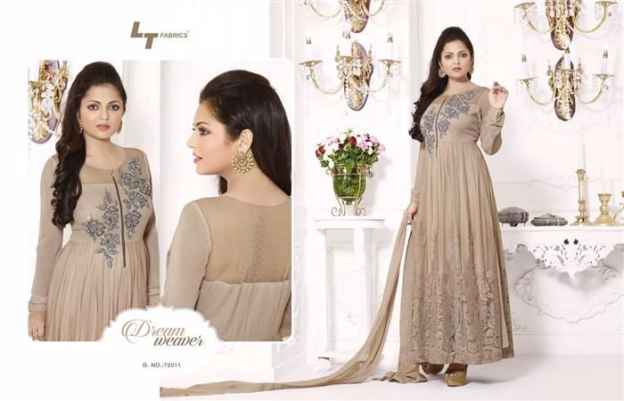 The yoke is beautifully hand embroidered with unique pattern and well spread out work. The matching chudidar fabric with the Bordered Chiffon dupatta fabs up the look of this Indian party wear suit dress.