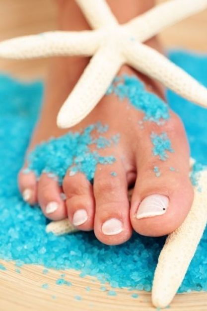 Beach #feet. Keep your feet cool and fresh http://www.shzen.co.za/feet_cooling.php