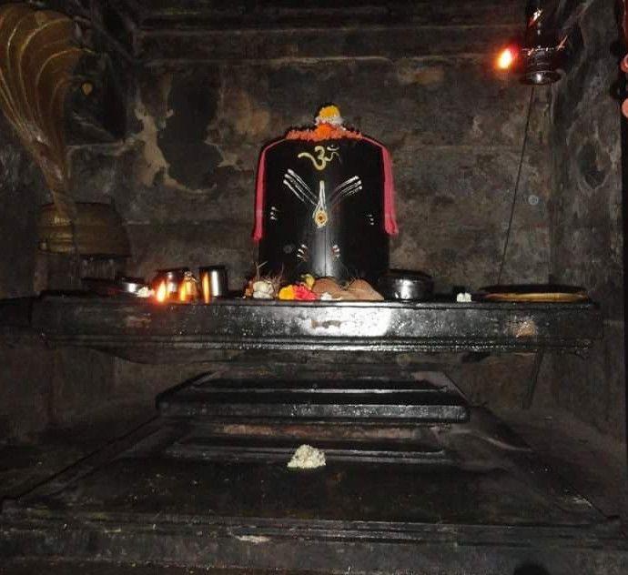 Siddheswara-Swamy-Hemavathi6-copy.jpg (690×632)