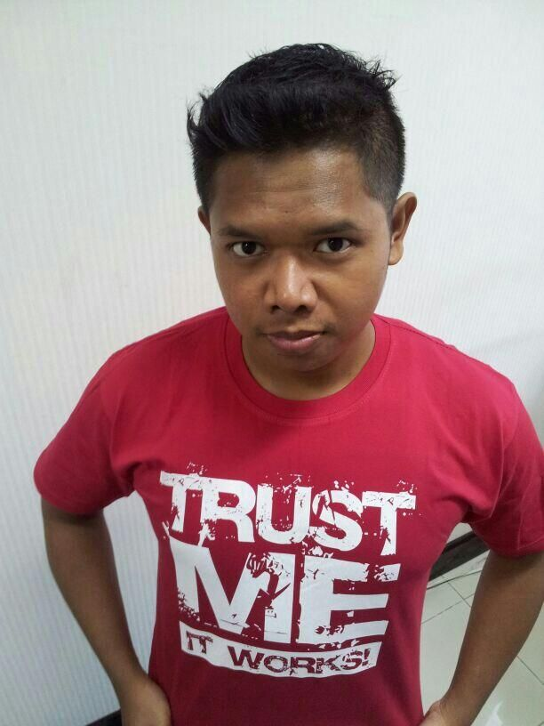 @om_moyy is wearing Trust Me it Works form L-Men Store!  Red printed is awesome!
