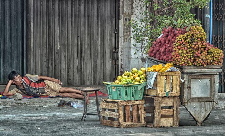 fruit seller Jakarta