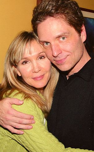 Penny---Cynthia Rhodes & Richard Marx, they have been married since January 1989.