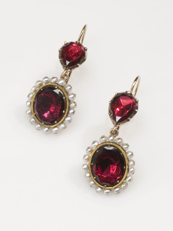 Georgian Necklace and Earrings,Gold, Garnet and Pearl