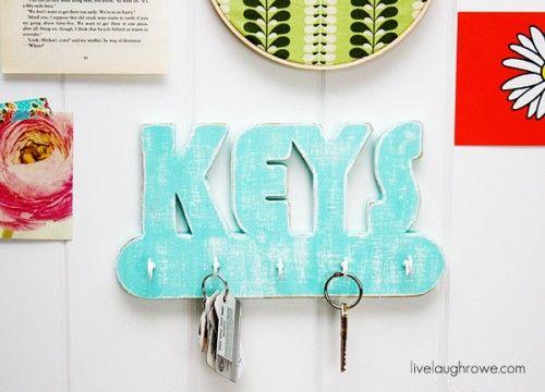 12 Original And Functional DIY Key Holders To Make