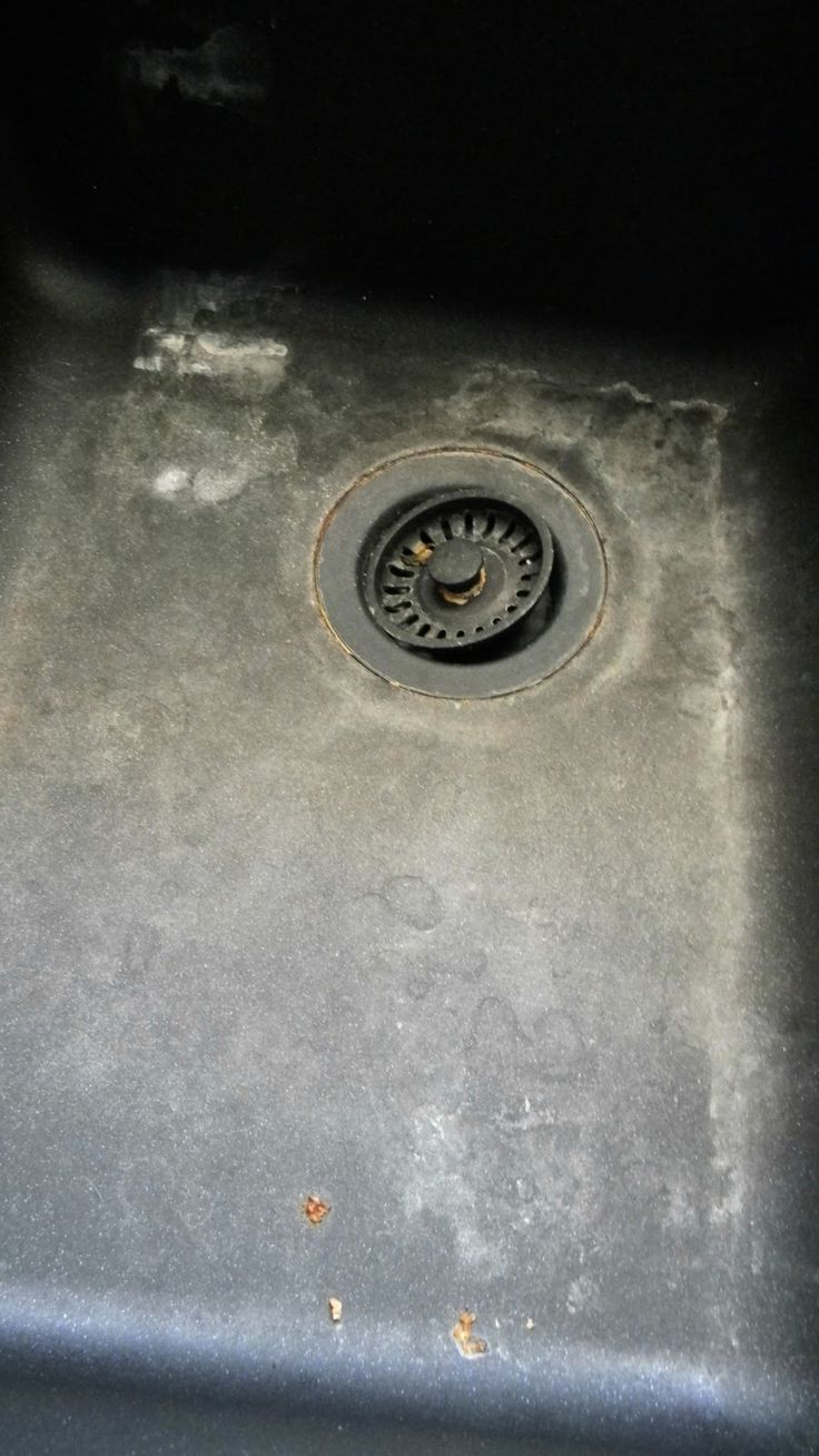 how to clean and maitain a granite sink