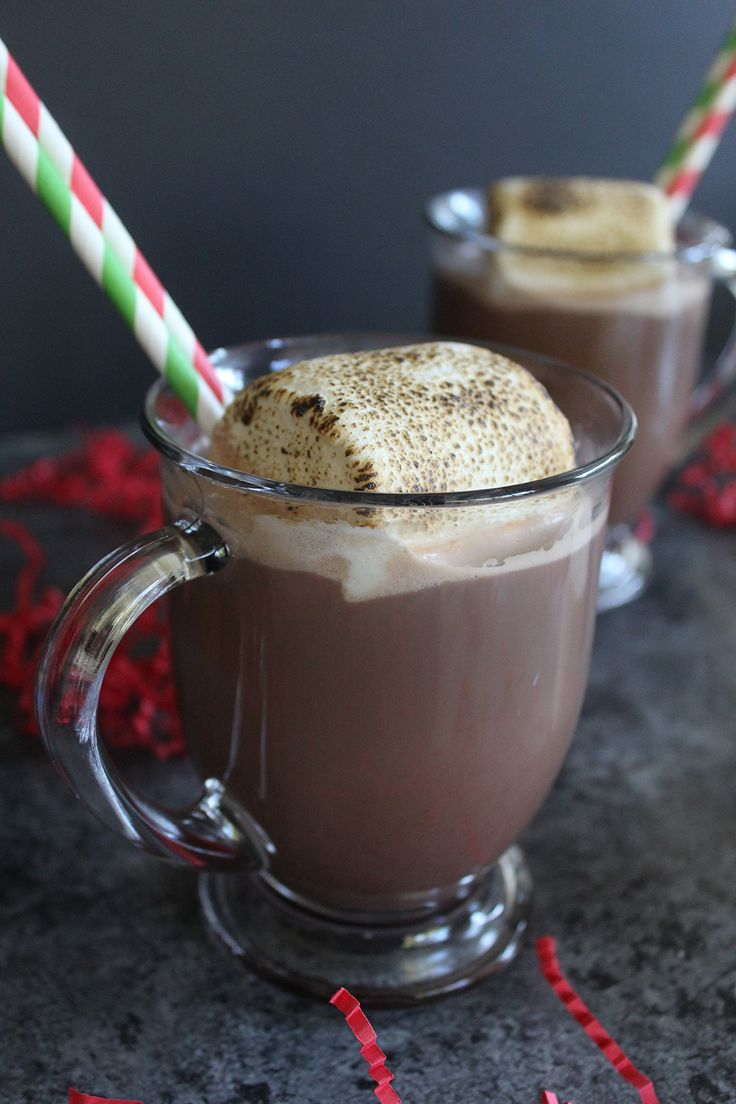 What's better than a mug of hot cocoa in front of a roaring fire on a cold Winter's night? Not much, but this Bourbon Caramel Roasted Marshmallow hot cocoa can certainly kick it up a notch. This steamy, indulgent beverage is so easy to make and it will please all of your holiday guests. I'll show you just what you need to make it!