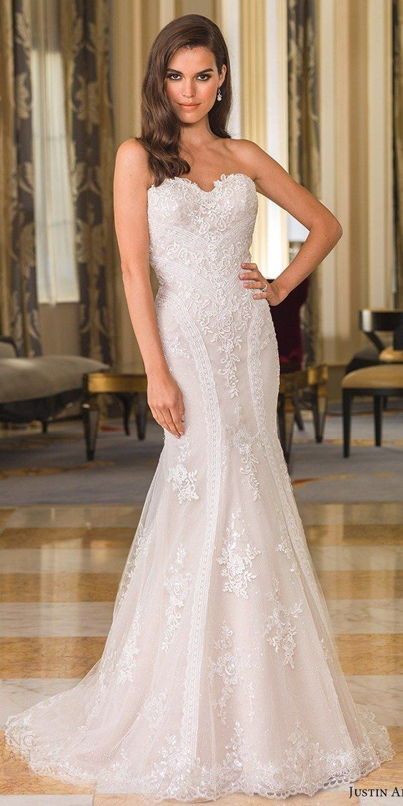 justin alexander bridal fall 2016 strapless sweetheart fit flare mermaid wedding dress / http://www.himisspuff.com/sweetheart-wedding-dresses/4/