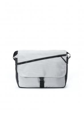 The Mutsy line extends even further with a wide selection of accessories such as our nappy bag. The Mutsy changing bag has included a changing mat. The changing bags are designed to fit on the handle of the pram as well as comfortably across your shoulder or hand.