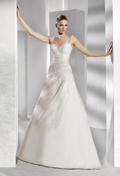 Günstige Designer Hochzeitskleider in Wien - ältere Modelle um 60% billiger