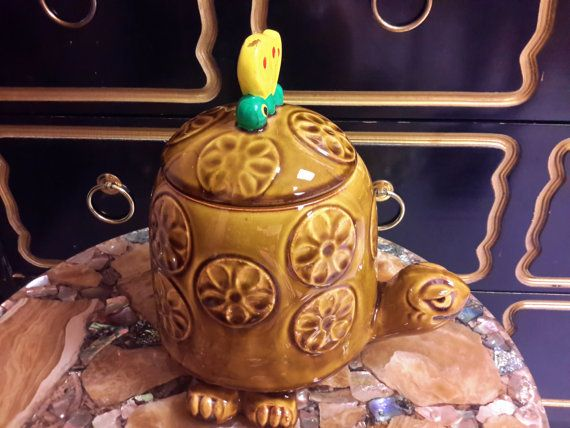 Vintage TURTLE COOKIE JAR McCoy Pottery  Usa by vintagesouthwest