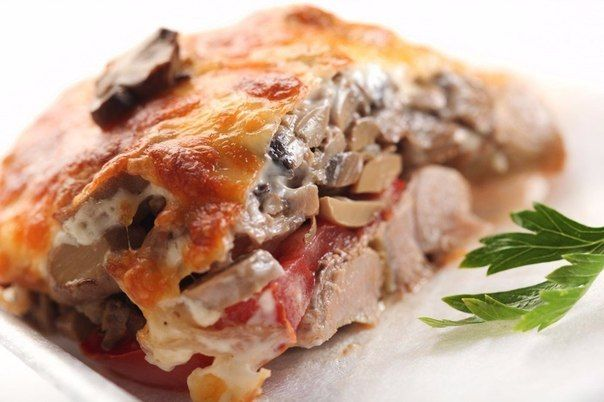 how to bake the meat with mushrooms