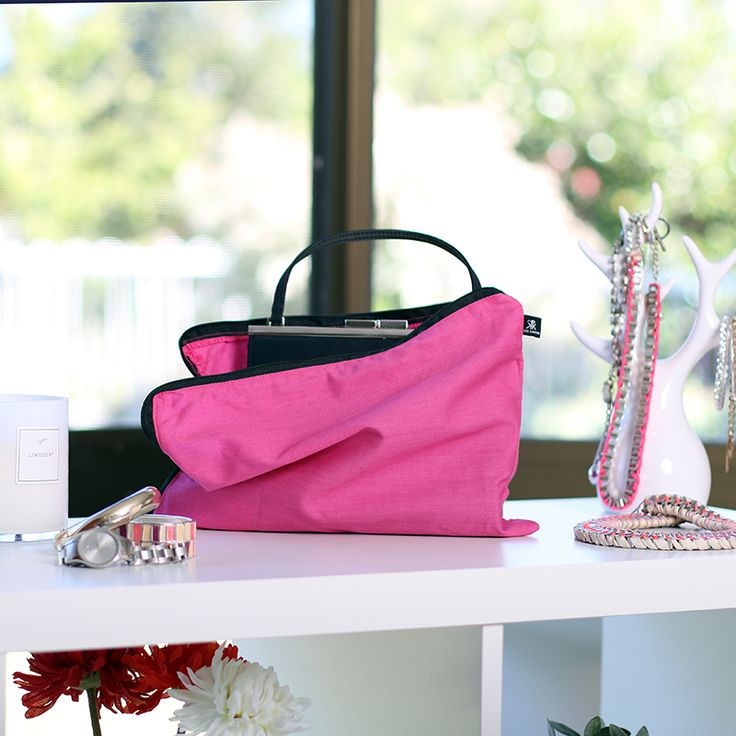 Fuchsia Pink Fever handbag storage bag. Made from 100% cotton. Breathable. Acid-Free and lightweight.