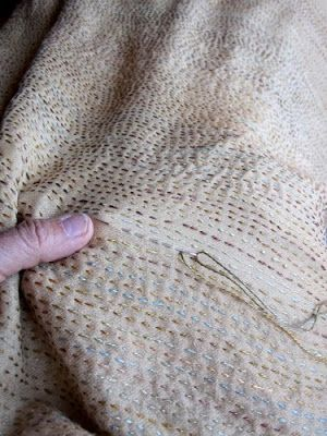 Lovely thoughtful ruminative blog on the peacefulness of simple stitching.