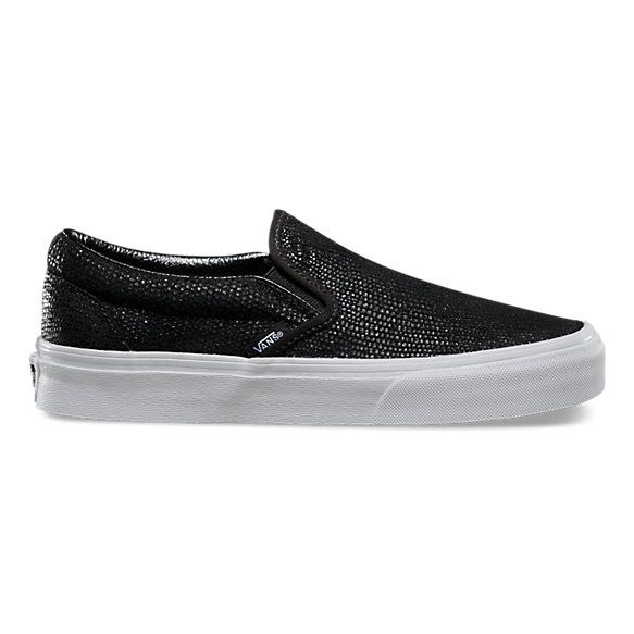 The Pebble Snake Classic Slip-on has a low profile, leather upper with all-over embossed snake print, elastic side accents, Vans flag label and Vans Original Waffle Outsole.