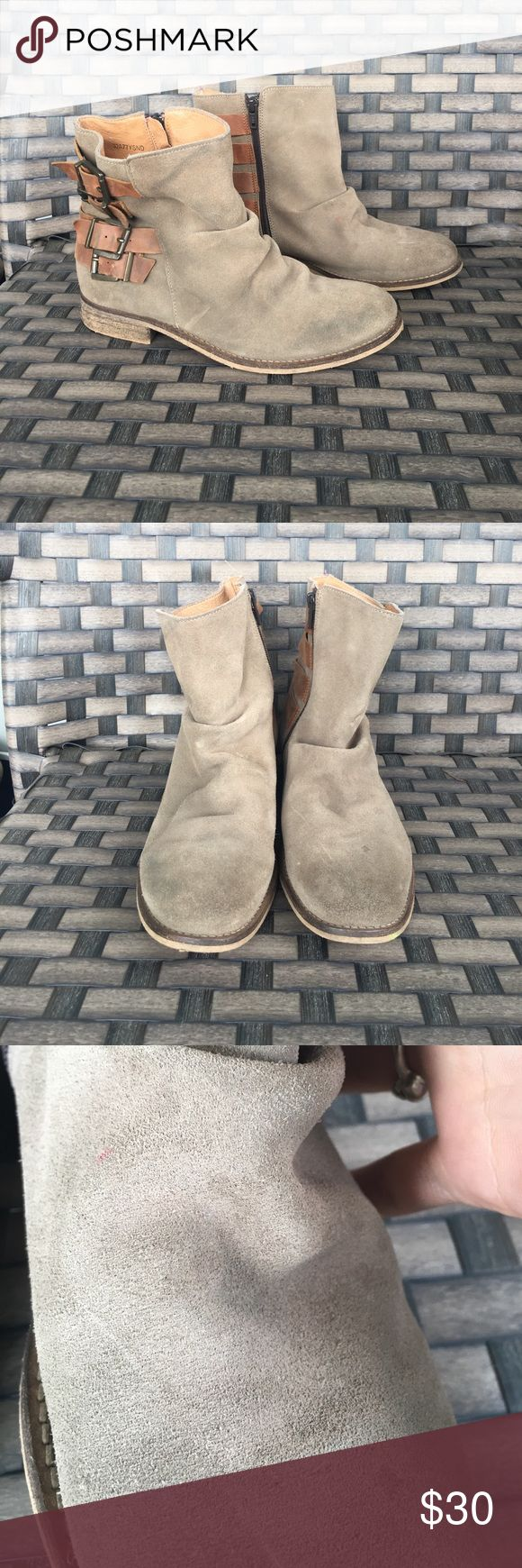 Topshop suede taupe buckled ankle boot 38 good preowned condition some marks by the toes see pic. Super cute suede and leather lined Topshop Shoes Ankle Boots & Booties