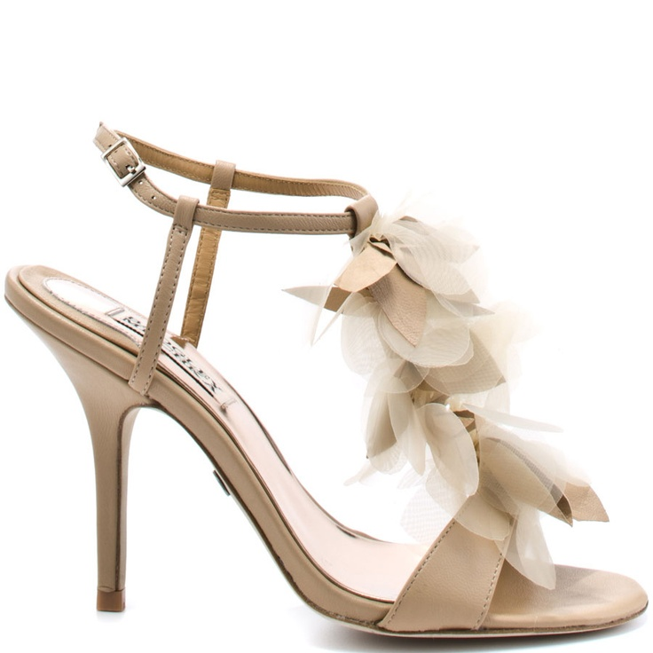 I can just picture the dress to go with these shoes ...
