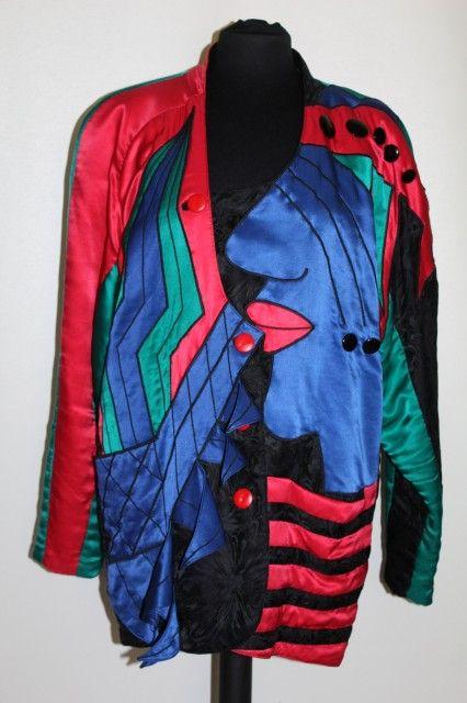 Jacheta retro stil Arlechino anii '80 http://www.vintagewardrobe.ro/cumpara/jacheta-retro-stil-arlechino-anii-80-7496679 #vintage #vintageautentic #vintagewardrobe #vintageclothing #1980s