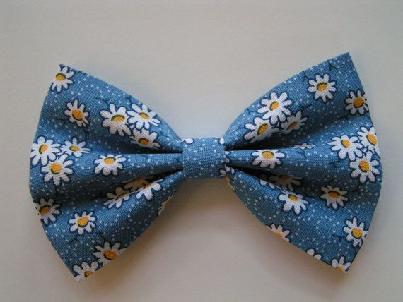Daisies Hair Bow, Hair clips for kids and teens, hair clips for women, small hair bows, Hair bow