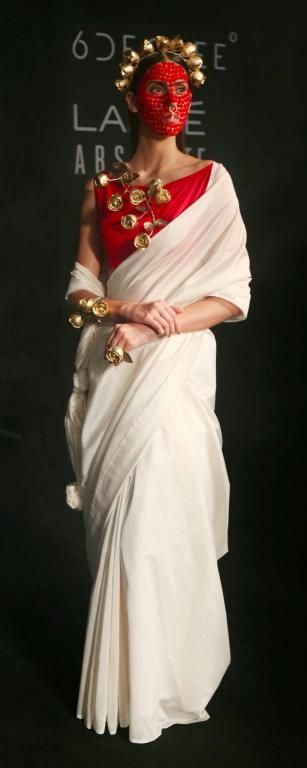 Vasundhara Mantri - Lakme Fashion Week AW 17 - 29