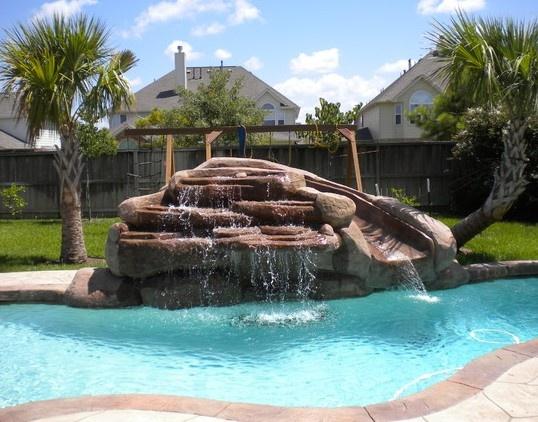 22 best swimming pools images on pinterest swimming pools pools and dream pools for Swimming pool salt vs chlorine