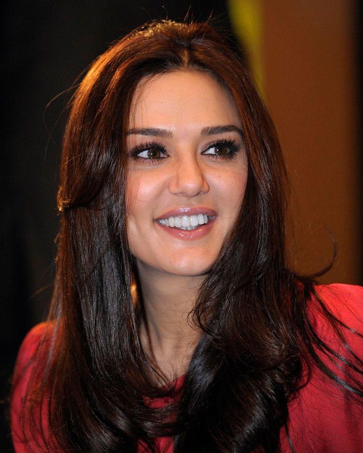 фото индийский актер прити зинта служба