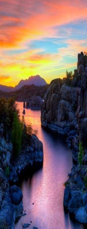Watson Lake Sunset, in Prescott, Arizona, USA