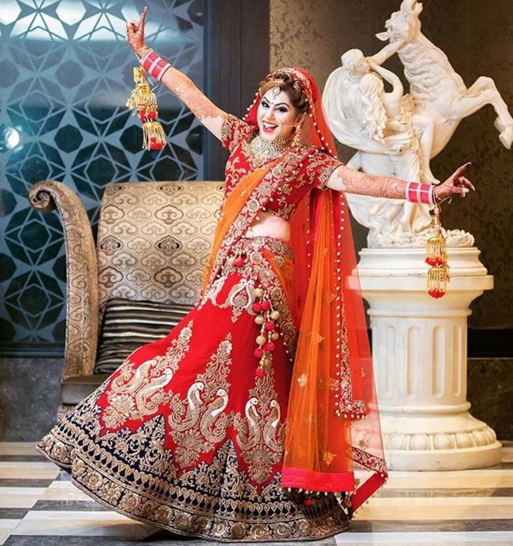 15 Rocking Solo Poses For a Bride with SWAG