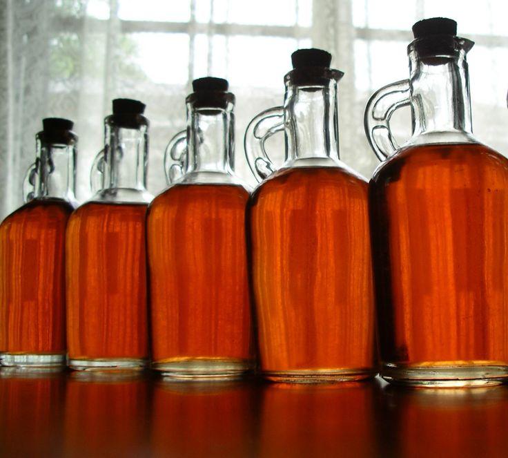 Το σπιτικό λικέρ κανέλλα πορτοκάλι με ρακή της γιαγιάς Σωσώς είναι το πιο εύκολο κι απλό ηδύποτο που μπορείς να φτιάξεις. Είναι τέλειο για δώρο σε φίλους ή σε κάποια επίσκεψη, να αρωματίσεις κέηκ και κουλουράκια ή σαν γαρνιτούρα, να εντυπωσιάσεις τους καλεσμένους σου και ως βάση για διάφορα cocktail και ποτά! Η συνταγή για [...]