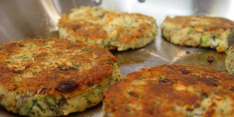 Potato Salmon Cakes Recipes | Food Network Canada