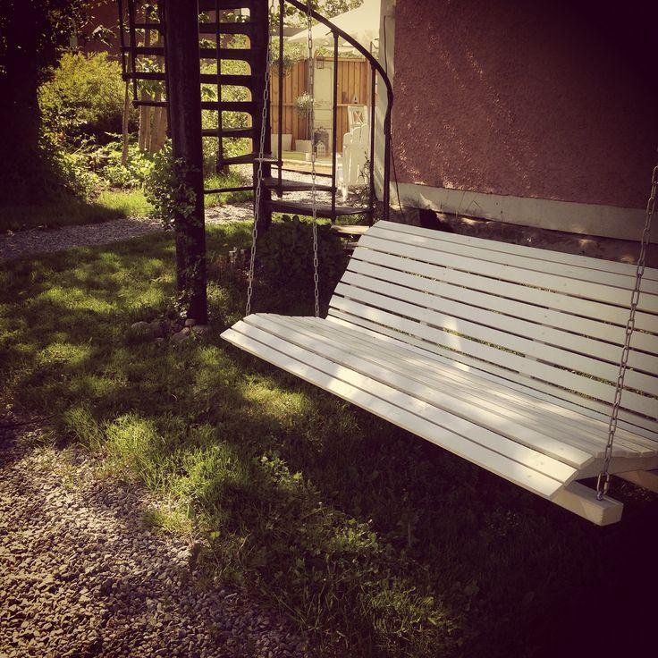 Porch-swing. För vila och eftertanke. Egengjord.