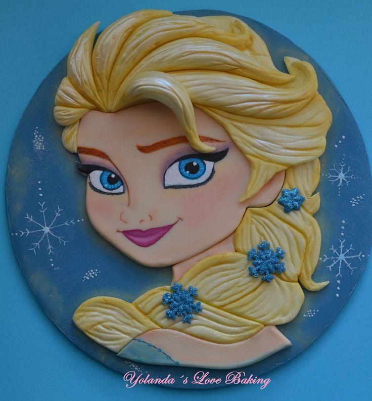 Trabajo de, Modelado Bidimensional en pasta de modelar  pintado a pincel con pinturas comestibles  de Elsa, Frozen