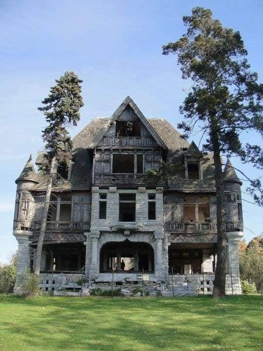 Pin By Susan On Old Abandoned Mansion For Sale Abandoned Places