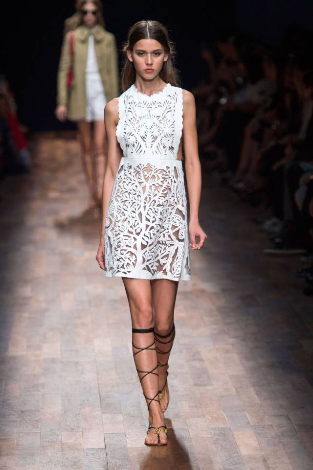 Valentino Spring 2015. See the best #PFW runway looks here.
