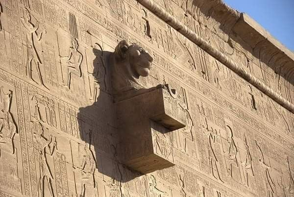Lion Headed Water Spout Detail On The Relief Covered Outer Wall Of The Temple Of Hathor At Dendera It Is One Of The Best Egypt Museum Ancient Egypt Old Egypt