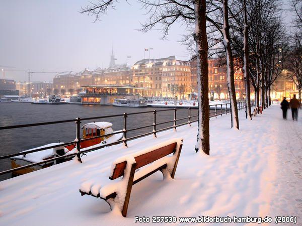 Neuer Jungfernstieg im Winter #EuropaPassage #EuropaPassageHamburg #welovehh #typischhamburch #Moin