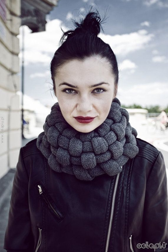 woven cowl scarf