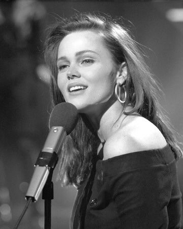 "Born August 17th 1958 ~ Belinda Jo Carlisle  is an American singer who gained worldwide fame as the lead vocalist of The Go-Go's, one of the most successful all-female bands of all time. The band sold 8 million albums in just three years and she later went on to have a successful solo career with hits such as ""Mad About You"", ""I Get Weak"", ""Circle in the Sand"", ""Leave a Light On"" and ""Heaven Is a Place on Earth"", among others, which were major successes in the United Kingdom and…"