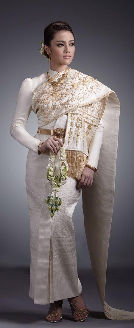 Traditional Thai dresses www.we-mag.com/ Secret thai beauty >> www.longalinn.com