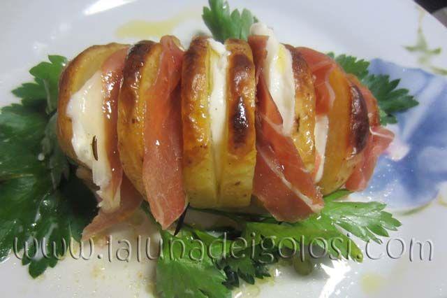 Patate al Forno Ripiene di Prosciutto e Mozzarella