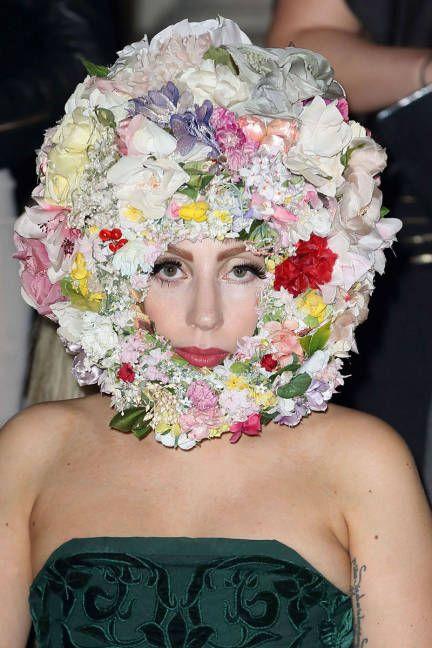 Lady Gaga Style - Fashion Pictures of Lady Gaga - ELLE