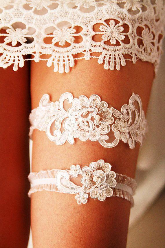 Wedding Garter Bridal Ivory Lace Set