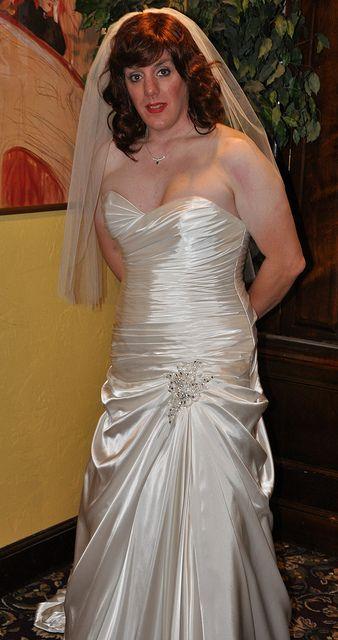 Pin By Thom Katter On Bridal Bliss Brautkleid Braut