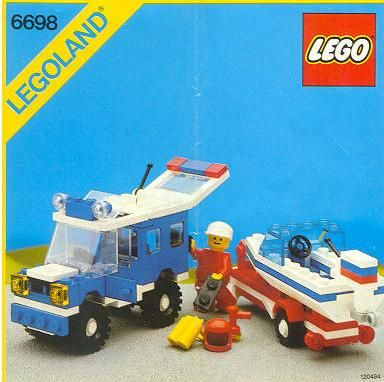 Pure nostalgia: My very first Lego set.