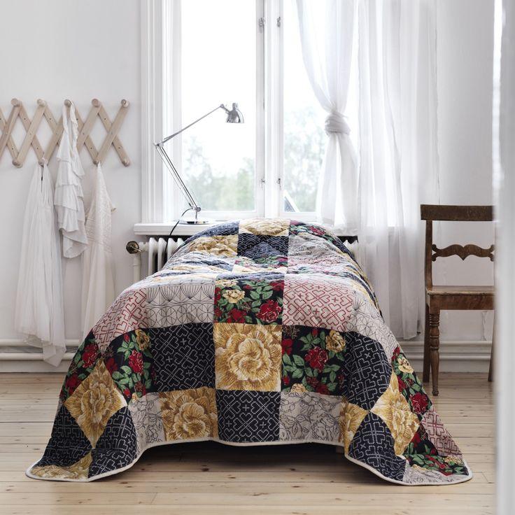 les 25 meilleures id es concernant couvre lit moderne sur. Black Bedroom Furniture Sets. Home Design Ideas
